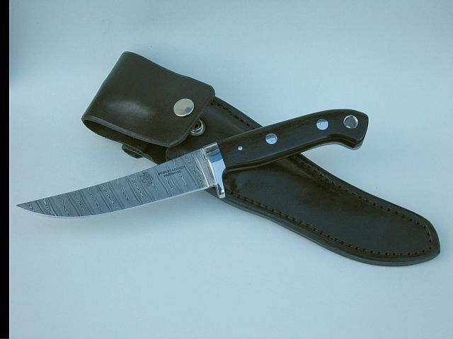 Freya stabalised bogoak handle Damas steel blade leather sheath